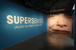 Supersenses - National Science and Media Museum, Bradford. 15 July – 8 October 2017 Picture: Jason Lock Further info: Heather Jakubiak Project Management Support Assistant Exhibitions National Science and Media Museum Bradford, BD1 1NQ T: 01274 202 039 Ex: 302039 E heather.jakubiak@scienceandmediamuseum.org.uk W www.scienceandmediamuseum.org.uk Full credit always required as stated in T&C's. PR and Press release use only, no further reproduction without prior permission. Picture © Jason Lock Photography +44 (0) 7889 152747 +44 (0) 161 431 4012 info@jasonlock.co.uk www.jasonlock.co.uk